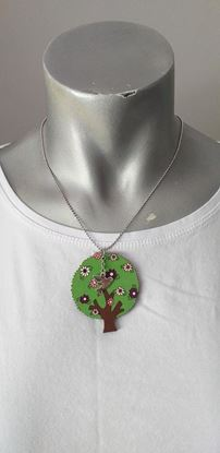Picture of Green tree necklace