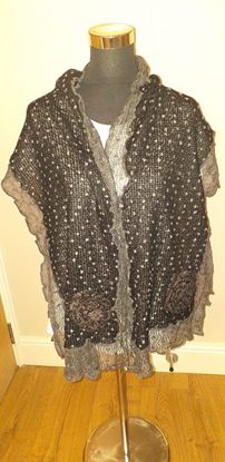 Picture of Black/ grey Flower scarf