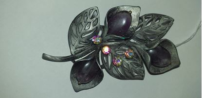 Picture of Flower diamante brooch