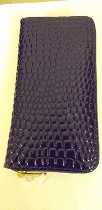 Picture of Navy zip purse