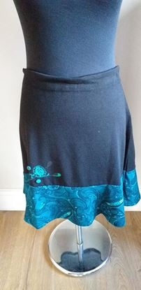 Picture of Black & teal skirt